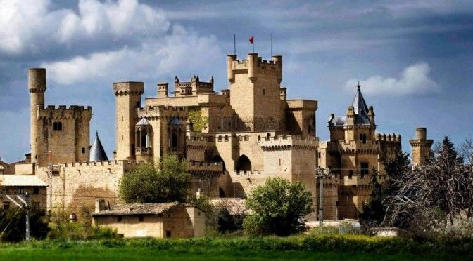 Visitar Palacio Real de Olite, tour y excursion desde Pamplona